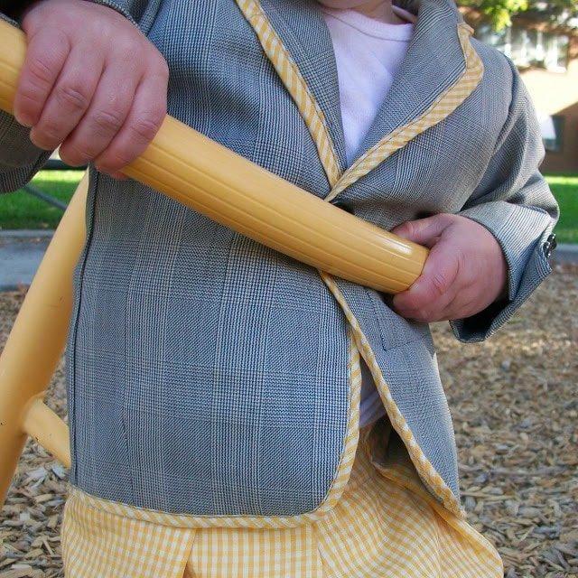 FREE PATTERN: Little Boy Suit Jacket