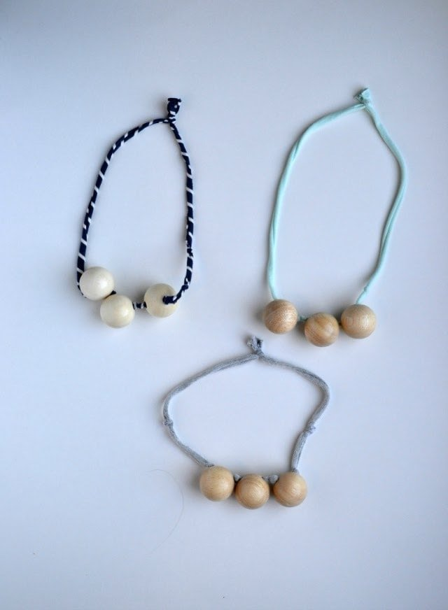 How To DIY Teething Necklace Tutorial
