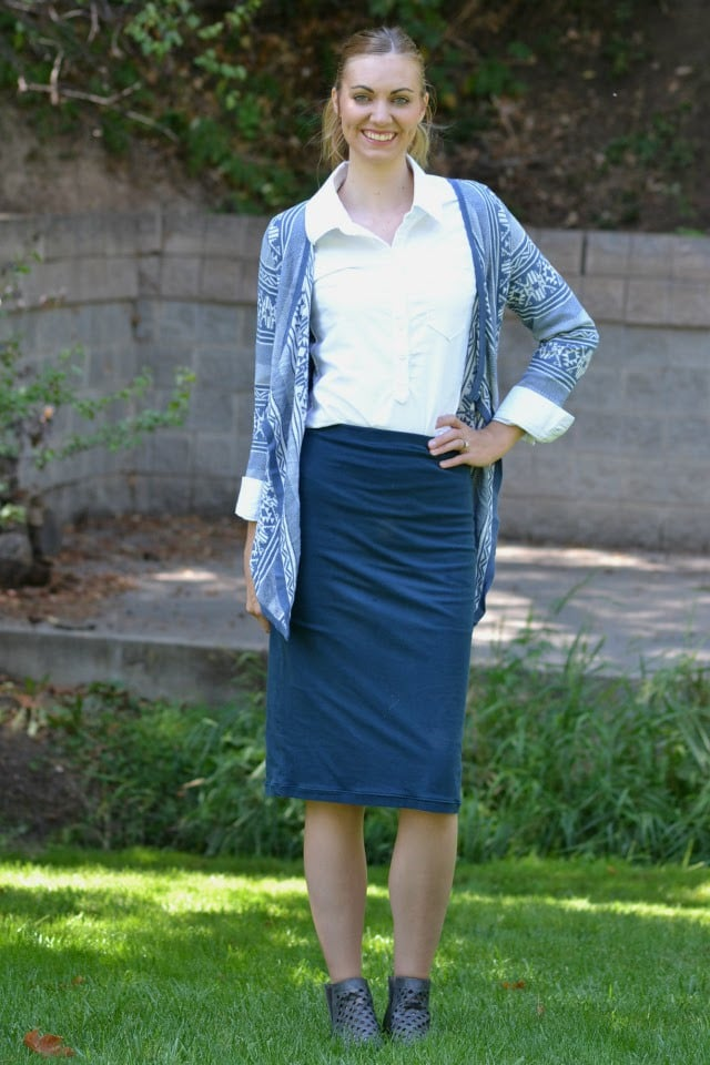 Me Made: Navy Pencil Skirt + Giveaway