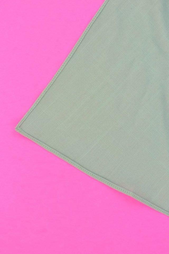 How to Sew a Narrow Hem // HeatherHandmade.com