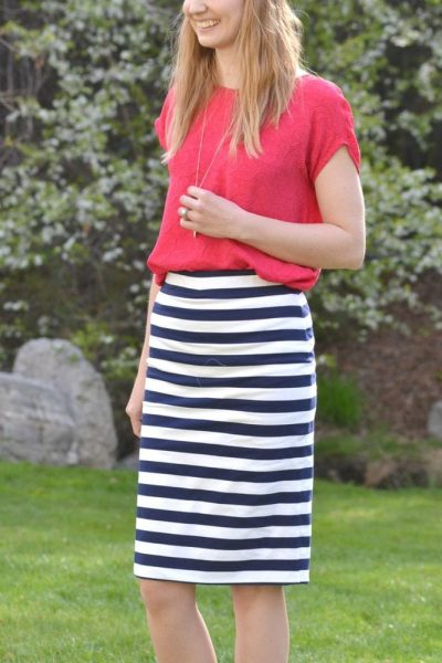 Free Pencil Skirt Pattern with No Hem // heatherhandmade.com