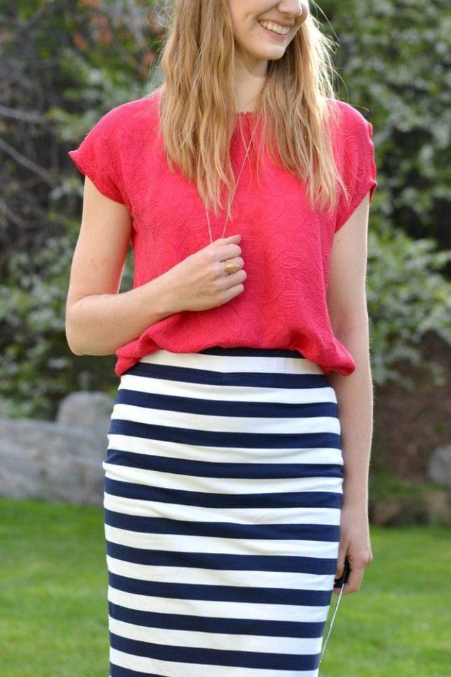 Free Pencil Skirt Pattern with No Hem // heatherhandmade.com