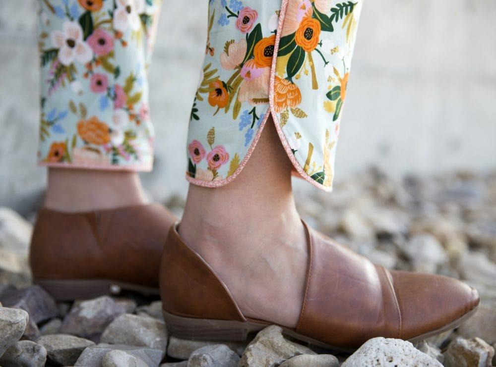 Cotton + Steel Outfit: Willamette Shirt and Tierras Woven Joggers // heatherhandmade.com