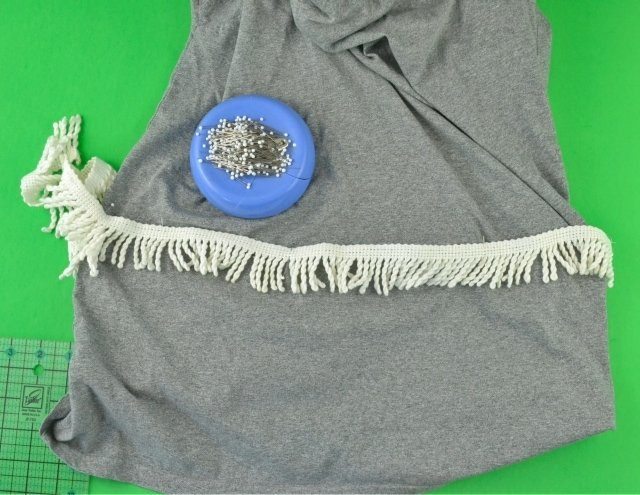 Fringe Tee Refashion Tutorial // heatherhandmade.com