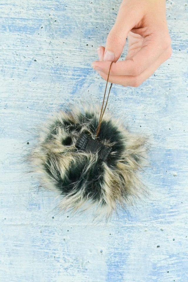 DIY Dog Ornament Tutorial // heatherhandmade.com