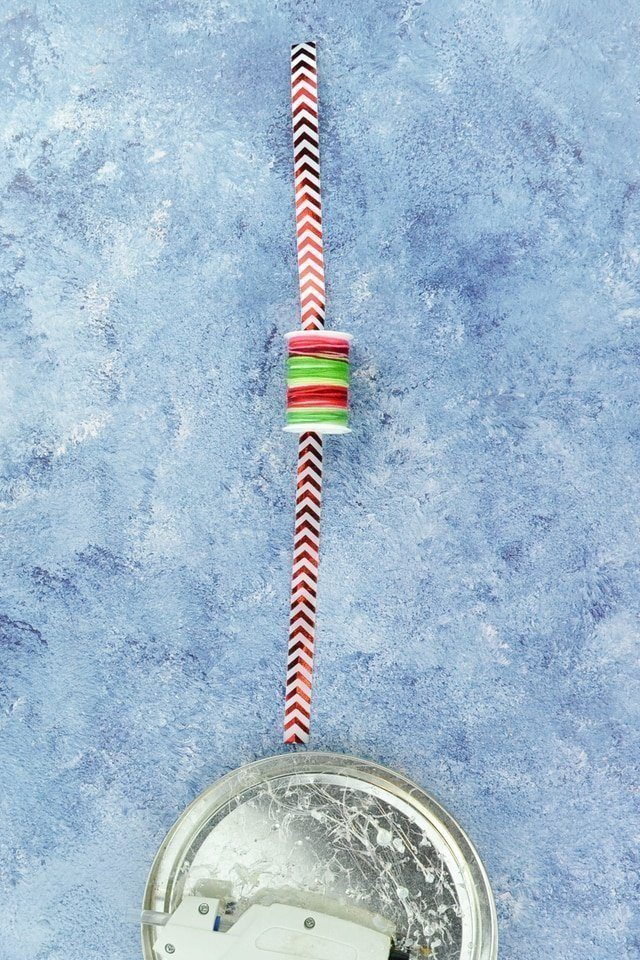 DIY Christmas Ornament for a Sewist // heatherhandmade.com