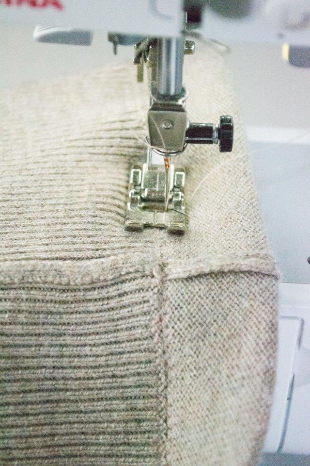 How to Shorten a Sweater // heatherhandmade.com