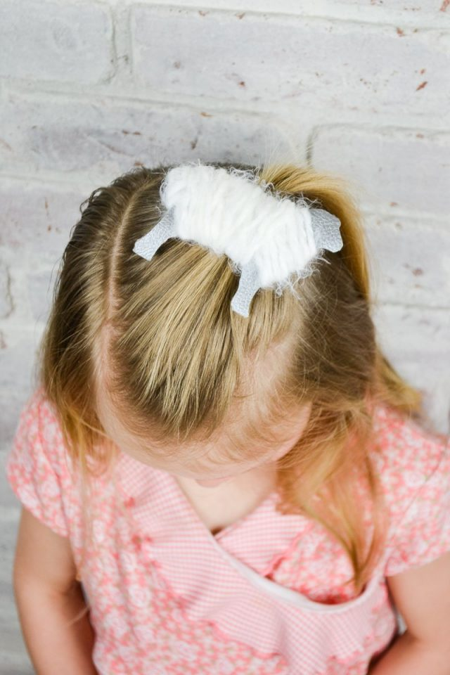 Easter Hair Bows and Free Patterns // heatherhandmade.com