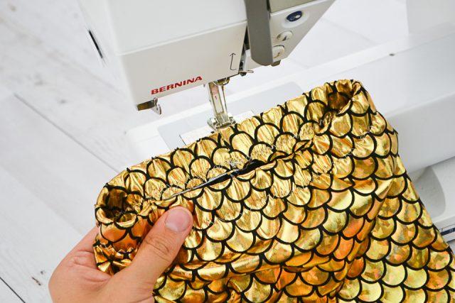 fold elastic into waist