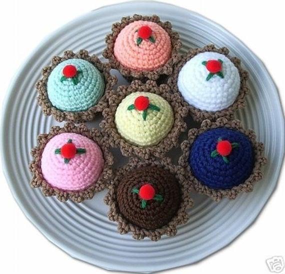 Crocheted Cupcake Pincushion