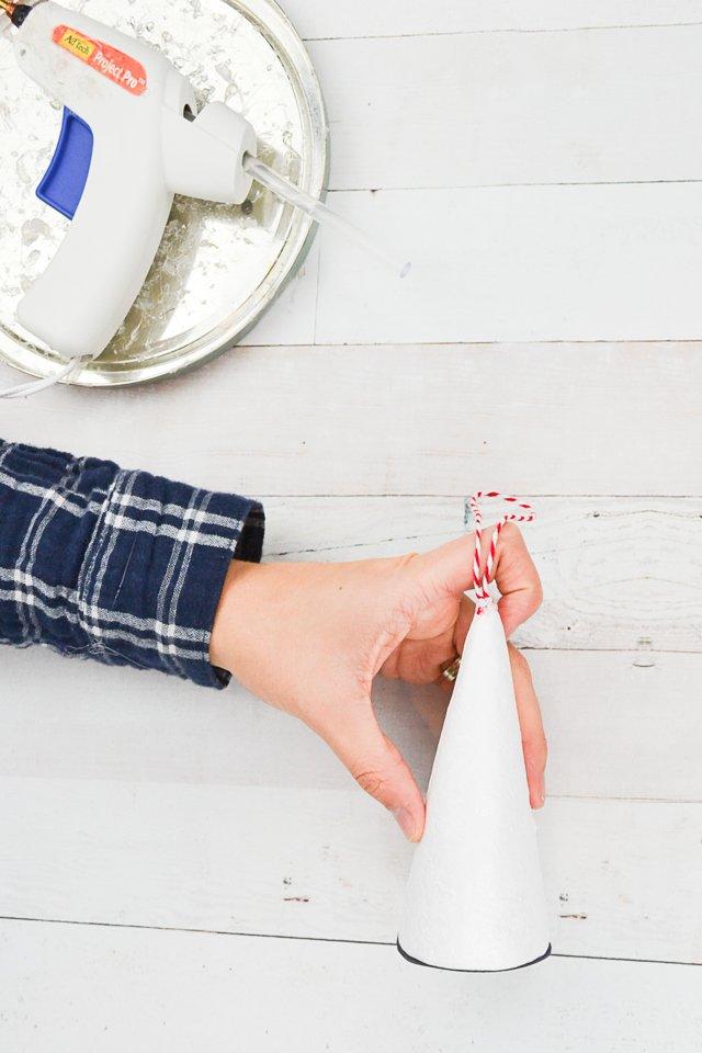 glue string