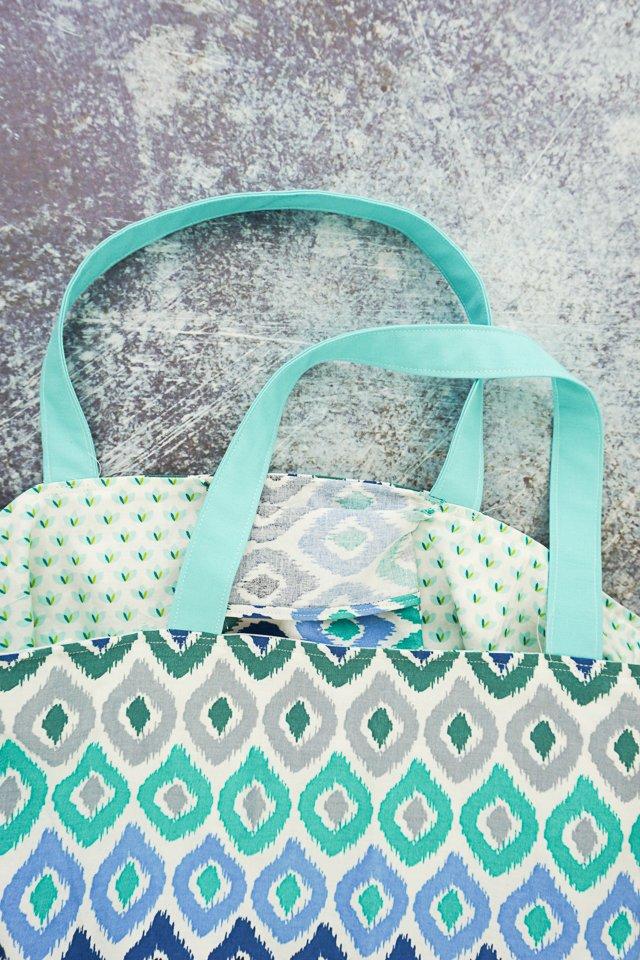 topstitch around the bag