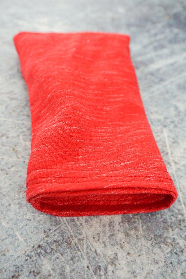 sew around hemmed edge to enclose fleece