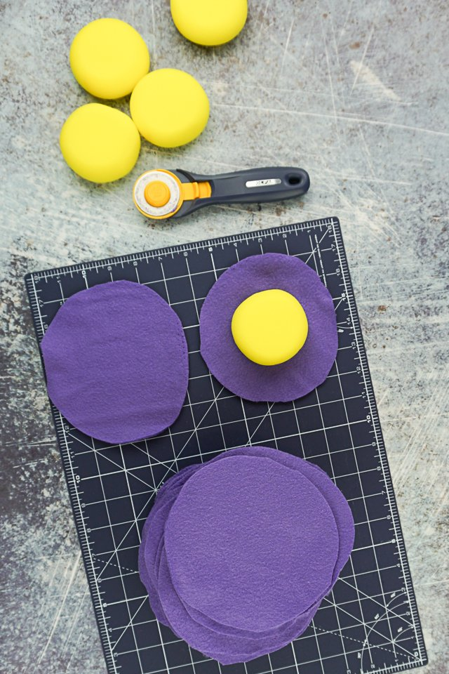 measure and cut out circle