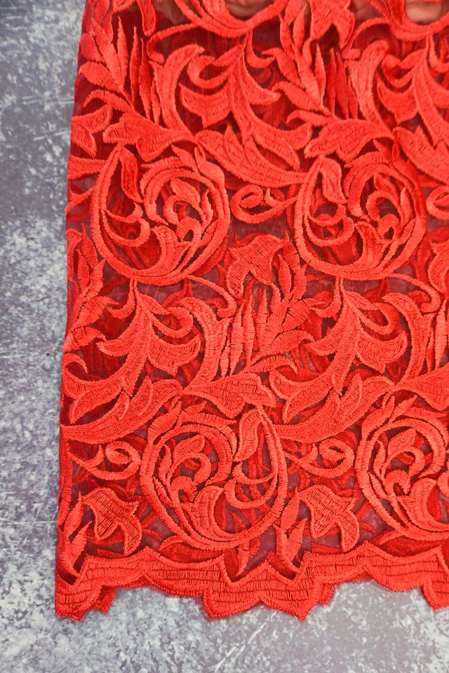 lace scallop edge