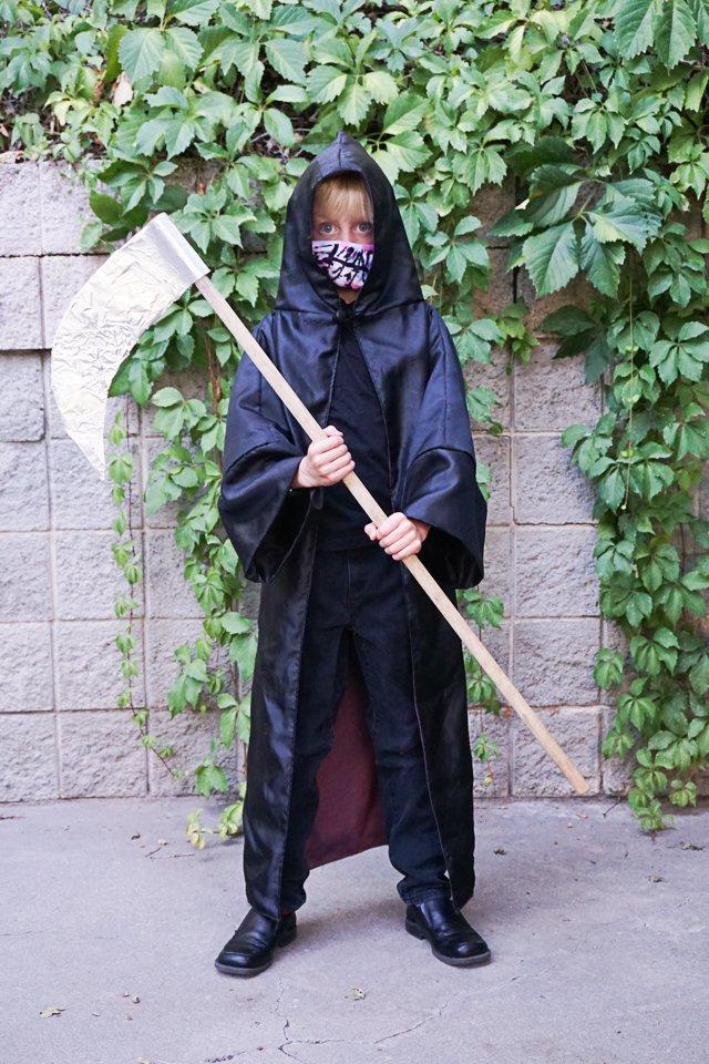 DIY Grim Reaper Costume with mask