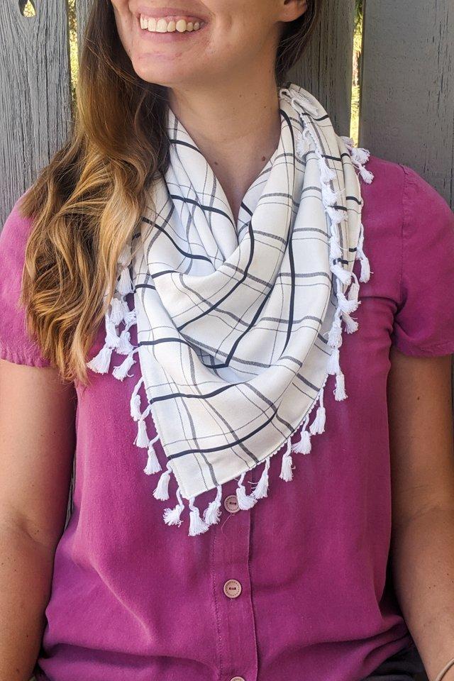 how to make a triangle scarf