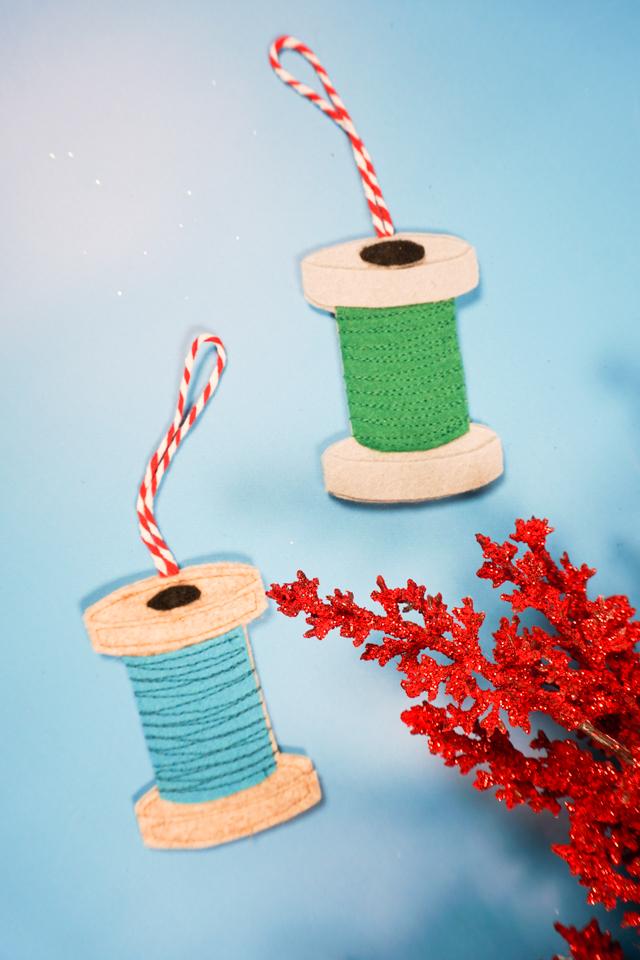 spool of thread felt ornament pattern