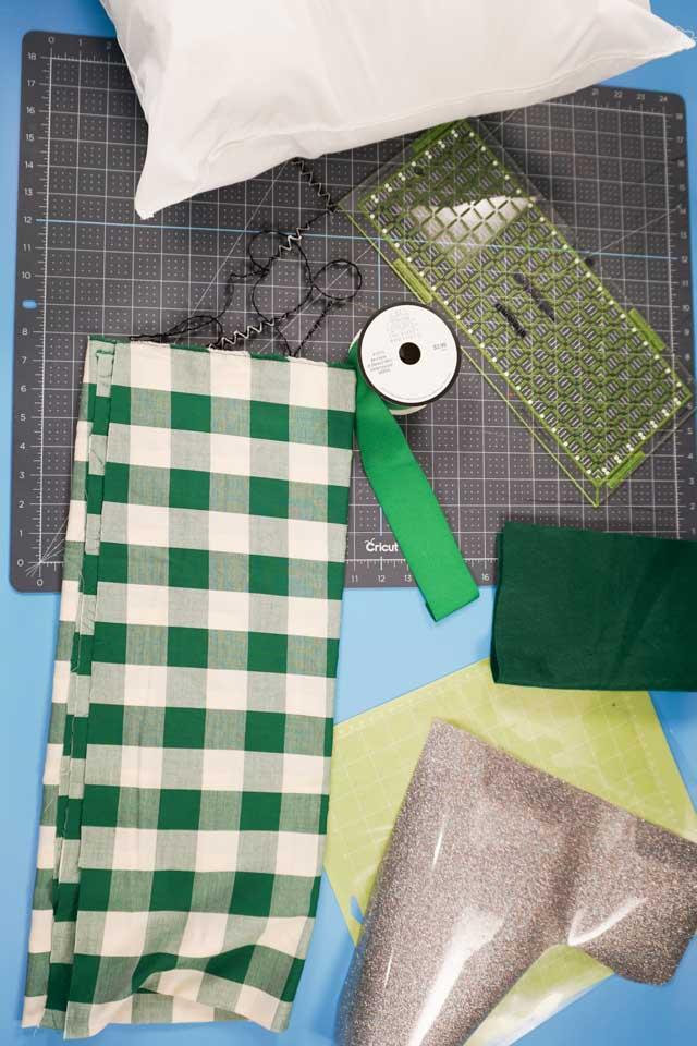 makeadvent pillow supplies