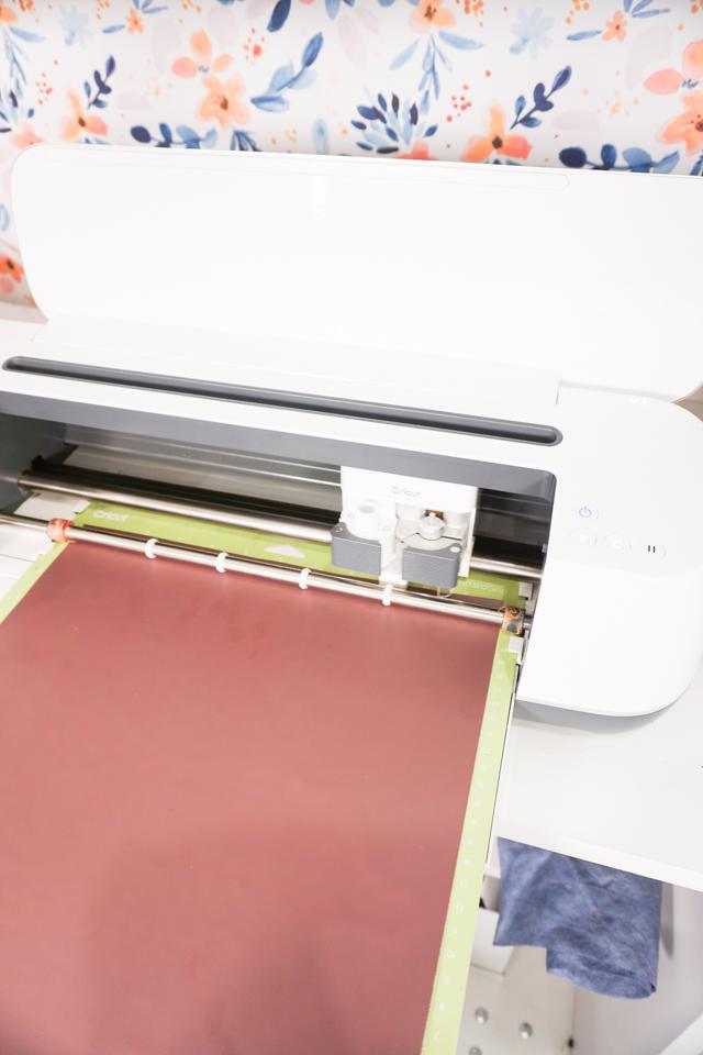 cricut maker iron on vinyl