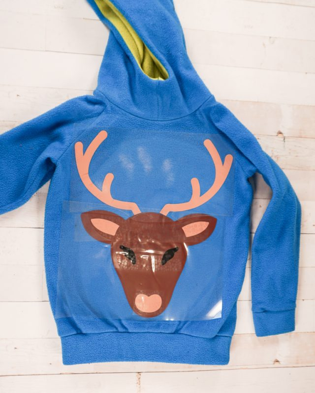 apply face details to sweatshirt