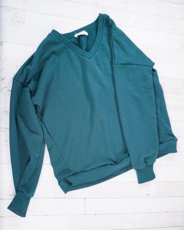move waistband up crop sweatshirt