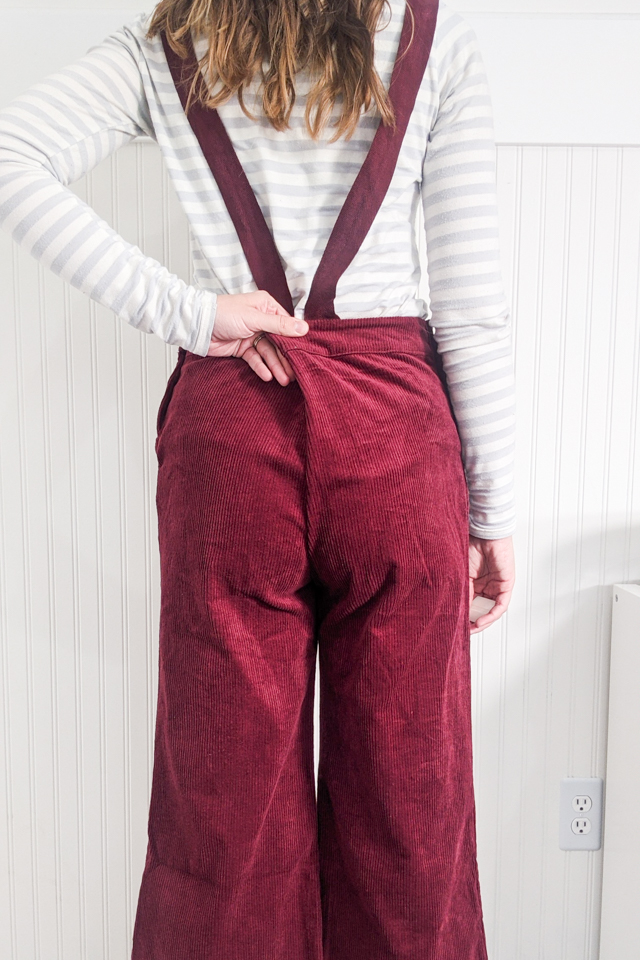 pinch center back of pants