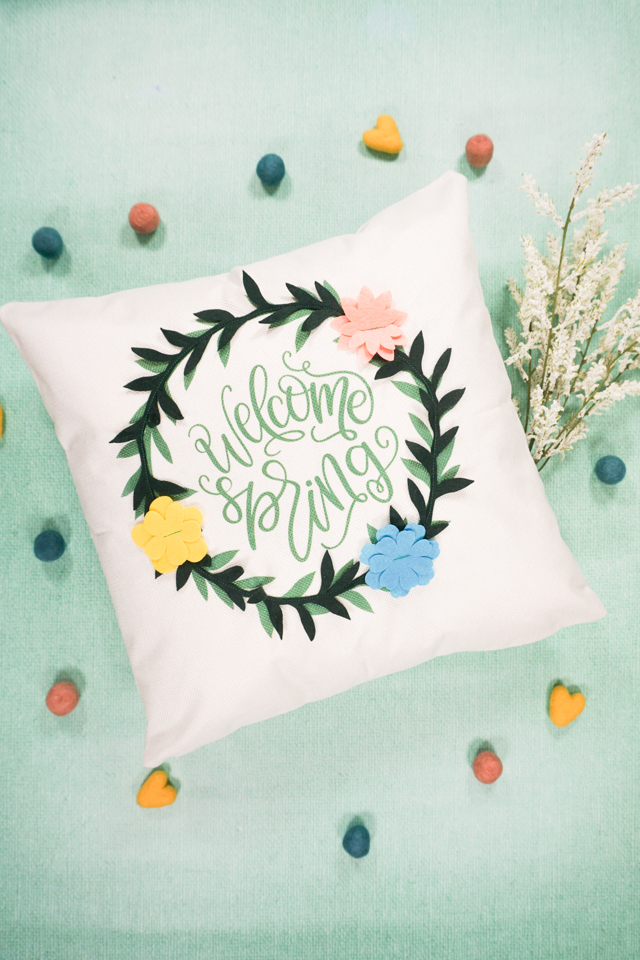 diy spring pillow with cricut