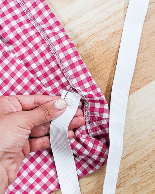 insert elastic into casing