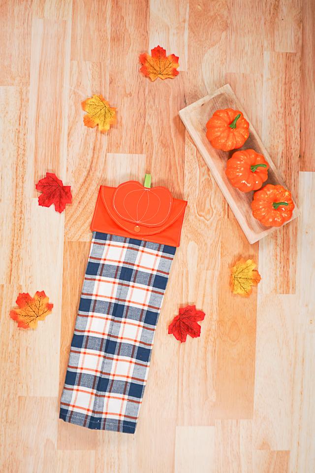 Diy fall kitchen towel