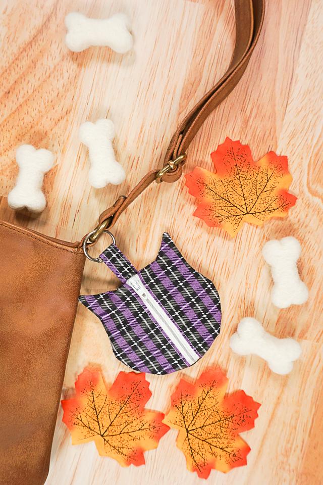 free cat zipper pouch pattern