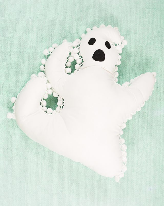DIY Ghost Pillow with Free Pattern
